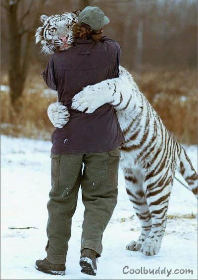 ���� ���� ����� ���� ���� warm_hug.jpg